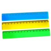 Линейка пластиковая непрозрачная 15 см (цвет в ассортименте)